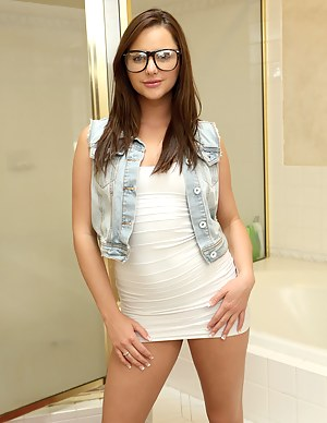 Sexy Teen Girlfriend Porn Pictures