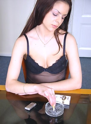 Sexy Teen Smoking Porn Pictures